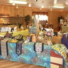 Coal Creek artists sell creations, supportpeers
