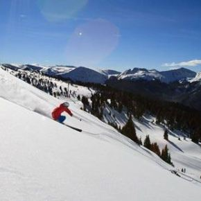 Arapahoe Basin Ski Area announces opening day for 2014-15 Colorado ski season
