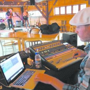 Harper turns Stage Stop into recordingstudio
