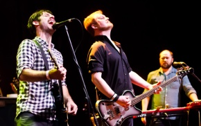 Rock band throws three-day 'ball' for devotedfans