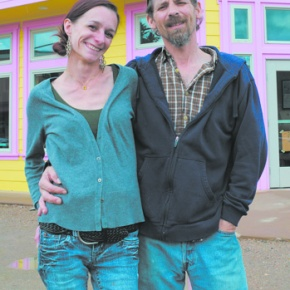 Couple opens restaurant featuring new appearance, old favorites
