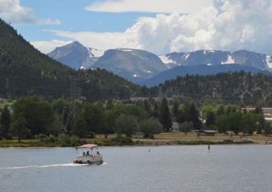 lakeestesboat