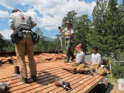 sm-conservation-corps-crew-replaces-historic-roof