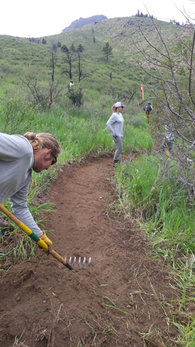 sm-conservation-corps-crews-rebulding-young-gulch-trail