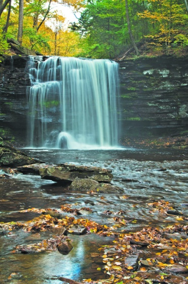 ARTS.LesPhotos.PARIGL-1JT01---Harrison-Wright-Falls-2048x1360